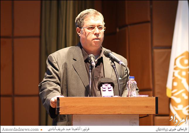 علی دهباشی سردبیر مجله بخارا و برگزارکنندهی شبهای بخارا