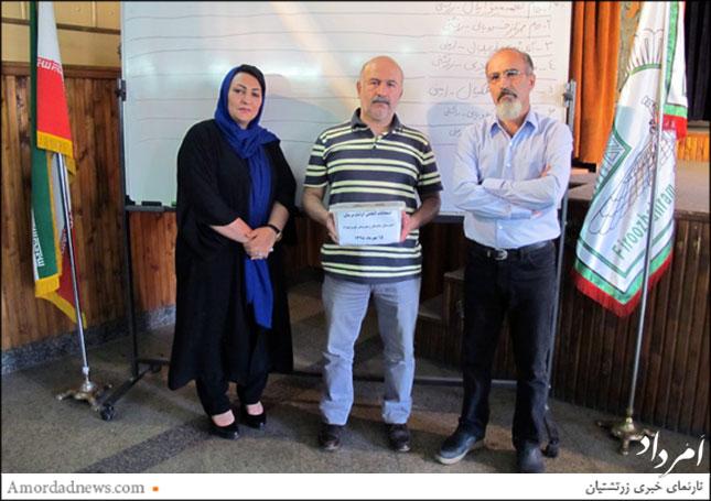 از راست: حسین کسائیان، مجتبی پیشدادفومنی، زهره محمدحسینی