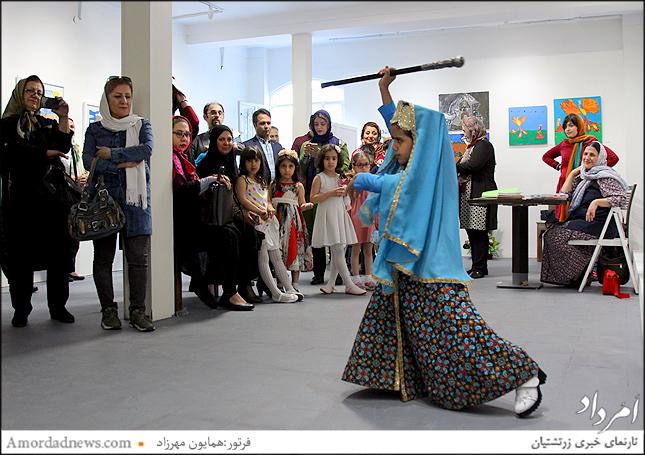 اجراهای شاهنامهخوانی نونهالان هم بخش جذاب این نمایشگاه است