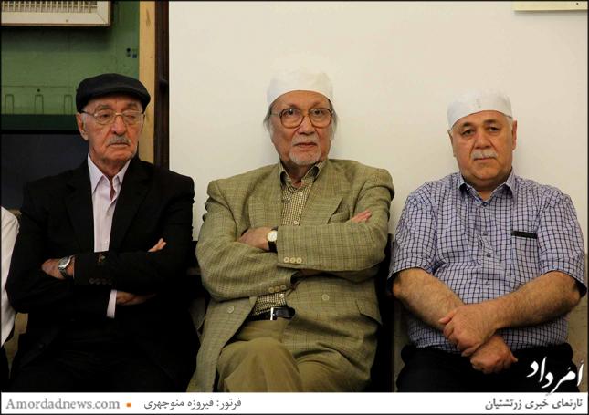 چهرهی از چپ: محمدمهدی مدرسیسریزدی مدیر مسوول انجمن شاهنامه فردوسی یزد