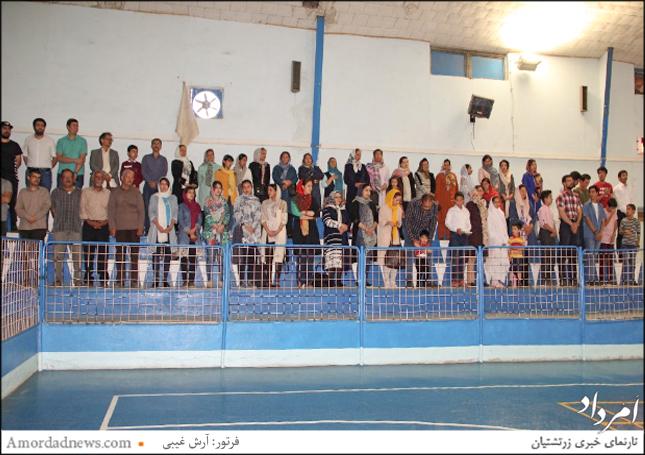 آیین اختتامیه پیکارهای جام همتی از ساعت 18 با باشندگی ورزشکاران و ورزشدوستان در تالار باشگاه اردشیر همتی برگزار شد