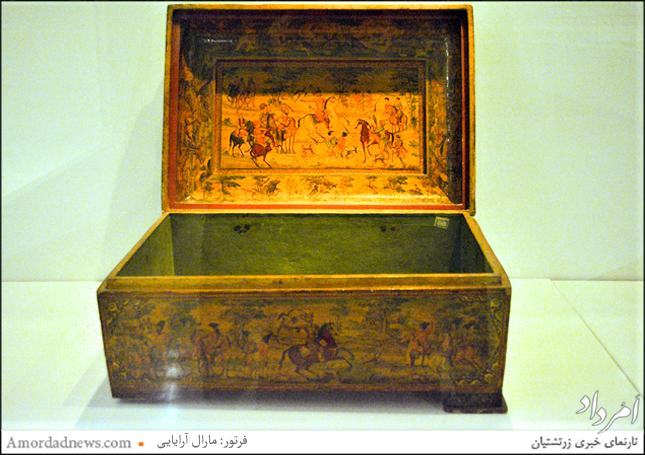 صندوقچهای وابسته به دوره قاجار در گنجخانه ملی دوره اسلامی