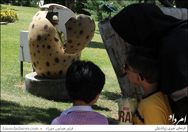 ماکت تخم دایناسورها در پارک ژوراسیک تهران