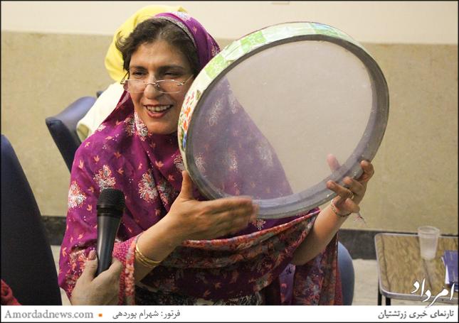 ناهید فلفلی مجری برنامهی جشن تیرگان شیراز