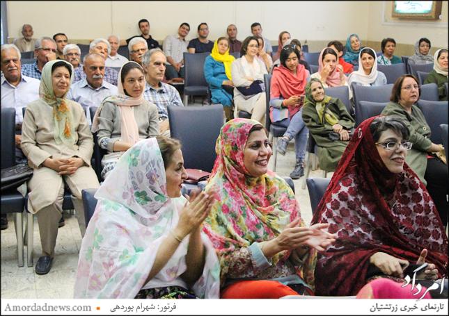 بانوان زرتشتی با پوشش سنتی در جشن تیرگان شیراز باشنده بودند