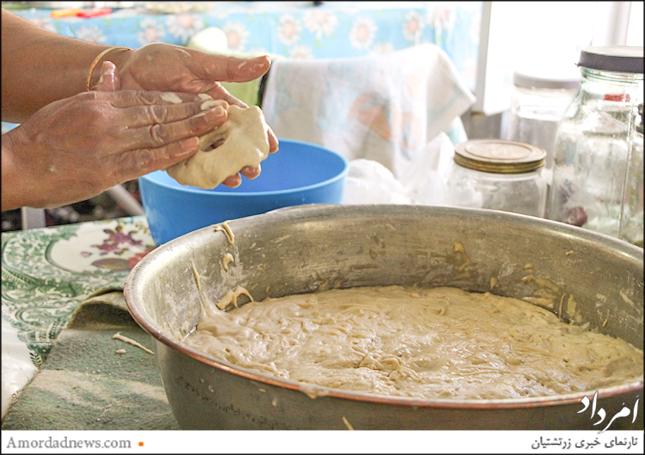 پخت سیروگ در جشن تیرگان شیراز