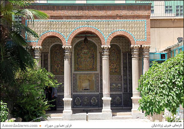 موزه مقدم از سوی محسن قدم به دانشگاه تهران پیشکش شده است