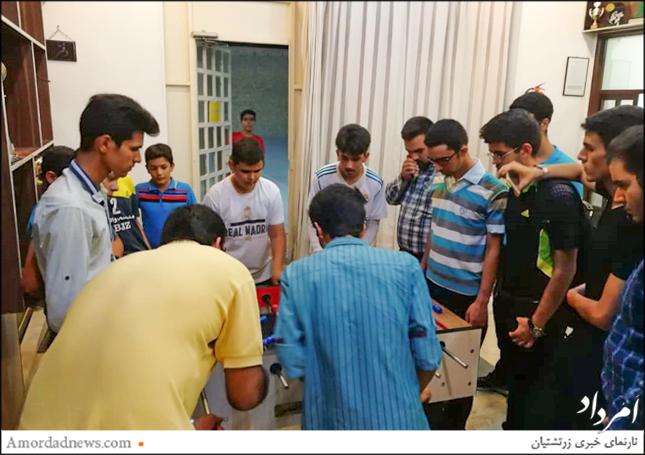 انجمن یانش وران مانتره یزد پیکارهای فوتبالدستی را با باشندگی 9 تیم  برگزار کرد