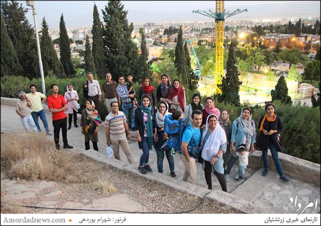 امسال نیز زرتشتیان شیراز در محل کوهپایهی شیراز گردهم آمدند