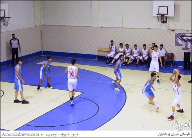 بازی تیم سازمان جوانان زرتشتی یزد در سالن تختی خانهی بسکتبال برگزار شد