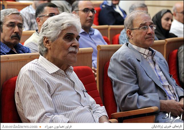 چهره سمت چپ: هارون یشایایی، نویسنده و کارگردان سینما باشنده در برنامهی شب وحدت ملی