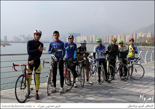گروه دوچرخه سواری، پرشین