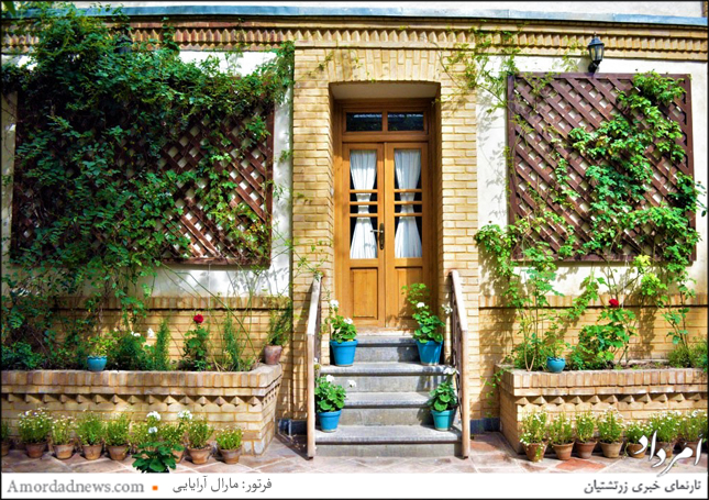 بخشی از نمای خانه مدرس که در خیابان جاویدی جای دارد و با نام موزه مدرس جایی برای نشستهای تهرانشناسی شدهاست.