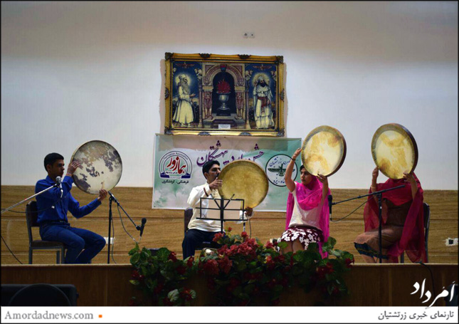 اجرای موسیقی گروه باربد باهنرمندی مهران خسرویانی پریوش فلفلی و پریناز خسرویانی و شهرام نجمی