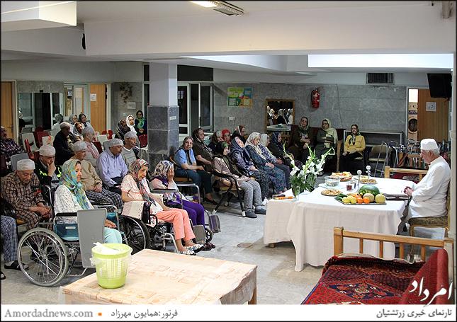 نخستین سالگرد درگذشت بانوی نیکوکار، شادروان فریچهر فریدونیان روز دیبهمهر ایزد از ماه اردیبهشت، در سرای سالمندان زرتشتی  برگزار شد