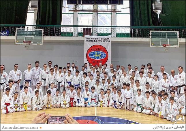 در این دوره از پیکارهای  پیکارهای بینالمللی کاراته 300 کاتاکار به رقابت پرداختند