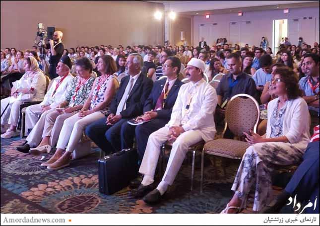 گزارش از روز نخست هفتمین کنگره جهانی در کالیفرنیا