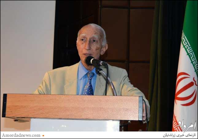 پروفسور داریوش فرهود، هموند  ارشد هیات مدیرهی انجمن هماندیشان ایرانفرهنگی