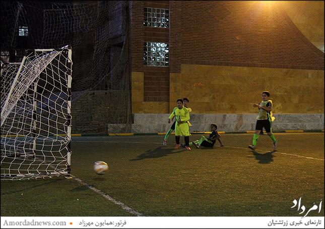 فوتبال جمشیدجم - ب برنده در مقابل جمشید جم -پ