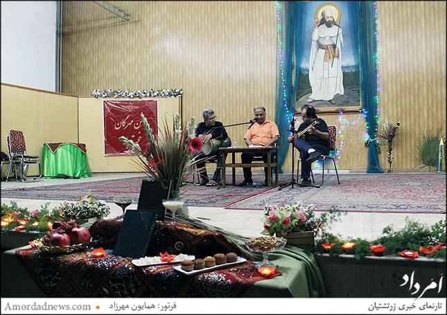 گروه موسیقی سنتی: بهنام جاوید نوازنده تار، علی نمازی آواز و قدوسی نوازنده تنبک