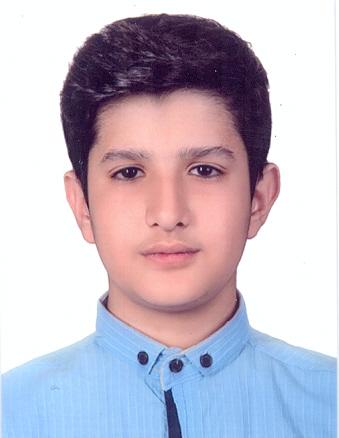 آرش وفاداری دانشآموز دبستان جمشیدجم  برگزیده جشنواره نویسنده کوچک