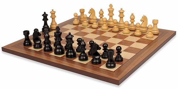 ماتیكان شترنگ یا شطرنج نامه