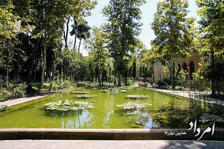 حوض های باغ موزه نگارستان محله بهارستان