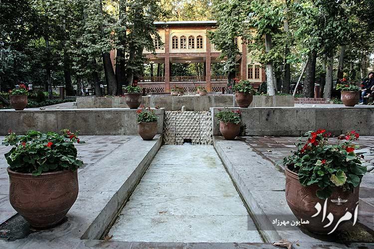 باغ ایرانی مستوفی الممالک ده ونک