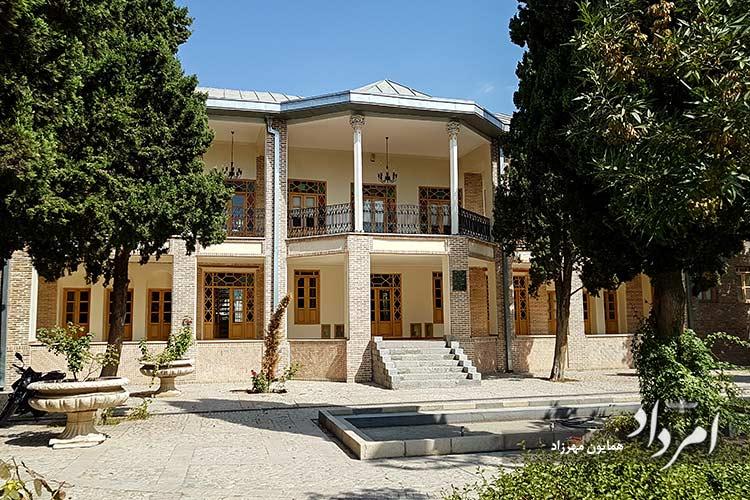 موزه گرافیک ایران در عمارت هرمز آرش