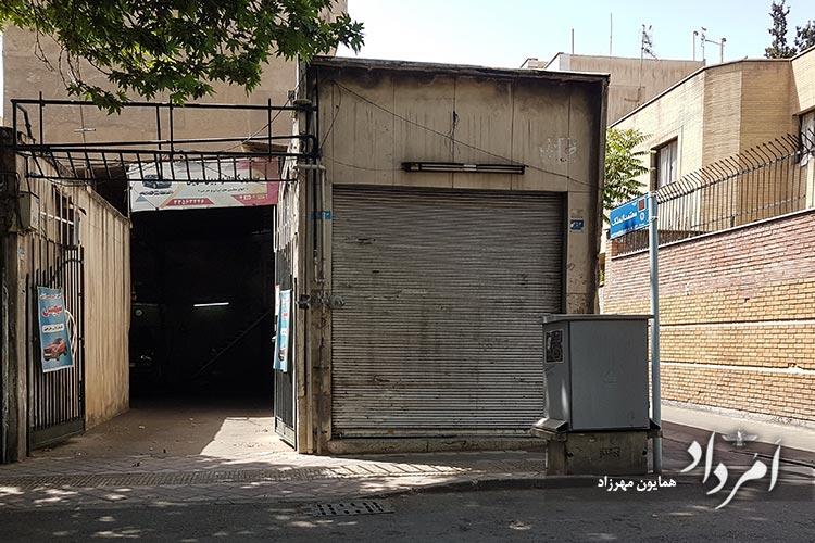 کوچه قدیمی معتمدالملک محله خیابان ایران