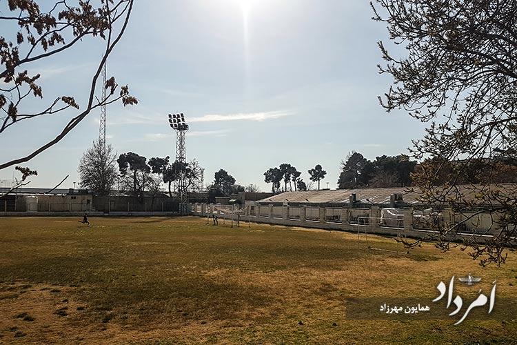 زمین ورزشی فوتبال تیم راه آهن