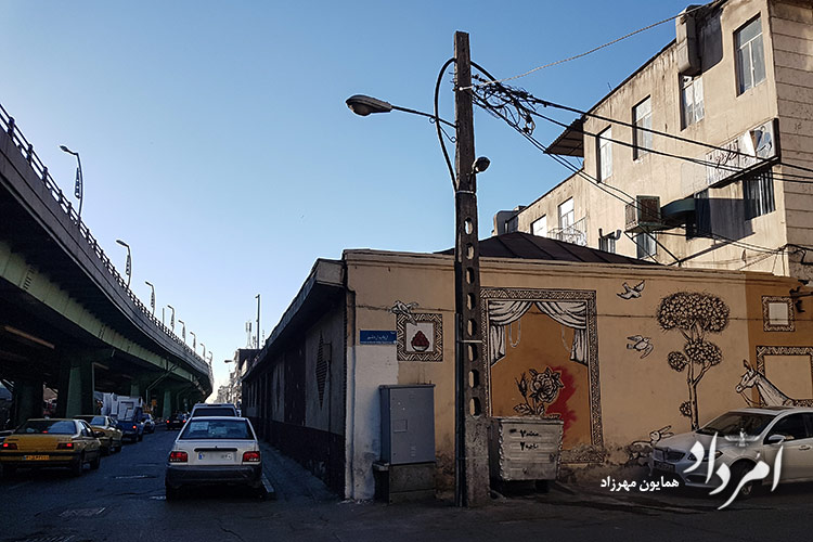 کوچه ارباب اردشیر در باختر پل چوبی- خیابان انقلاب