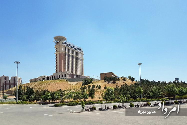هتل پنج ستاره اسپیناس پلاس محله سعادت آباد